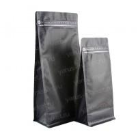 Черный восьмишовный пакет с плоским дном и замком зип-лок