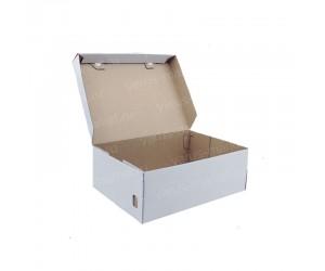 Белая картонная коробка для обуви